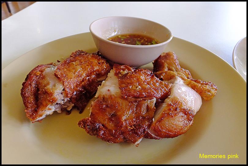 ไก่ทอดเดชา ต้นตำรับไก่ทอดหาดให […]