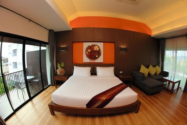 โรงแรมวังน้อย Wungnoy Hotel ถนนแสงจันทร์ หาดใหญ่ ยุคปรับปรุงใหม่ ตั้งอยู่ย่านการค้า ใจกลางเมือง เดินทางสะดวก ร้านอาหารเพียบ เลขที่ 114/1 ถนนแสงจันทร์ (แถวๆตลาดกิมหยง และ วัดฉือฉาง ) โทรจองห้องพัก 074-353-441 , 074-243-384